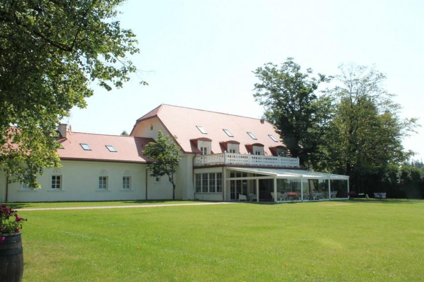 Pałac Żaków, Siennica