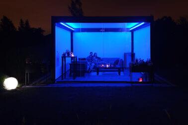 bezpieczne oświetlenie na balkonach